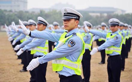 多地已实行改革 辅警有望成为带编制公务员